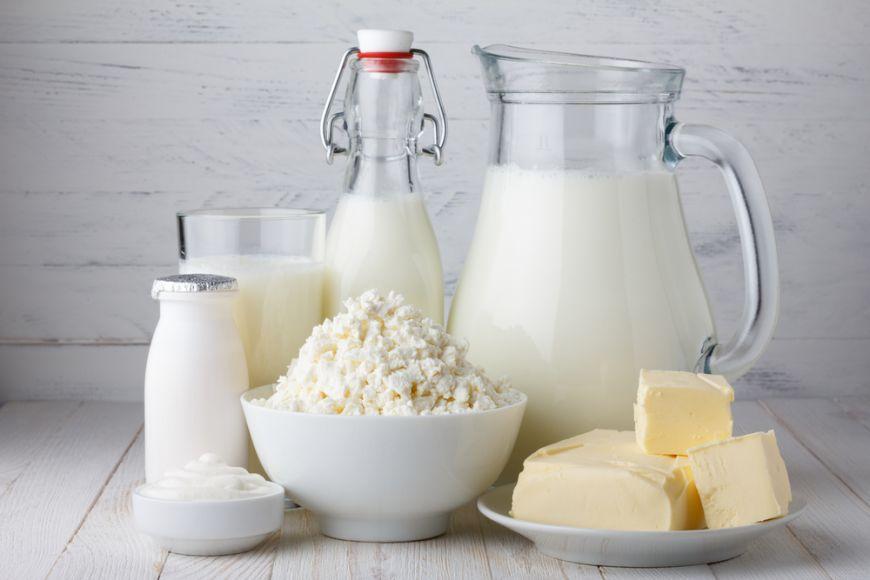Lactatele degresate pot fi alimentele pe care să le mănânci liniștit/liniștită după ora 18:00. Chiar medicii le recomandă