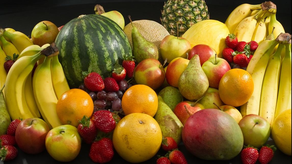 Fructele proaspete sunt alimente pe care le poți mânca după ora 18:00 fără probleme că te îngrași