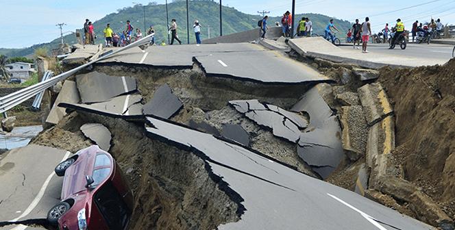 Specialiștii încearcă să afle dacî va mai avea loc un cutremur de mari dimnesiuni