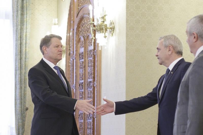 Klaus Iohannis dă vina pe PSD privind alocațiile: