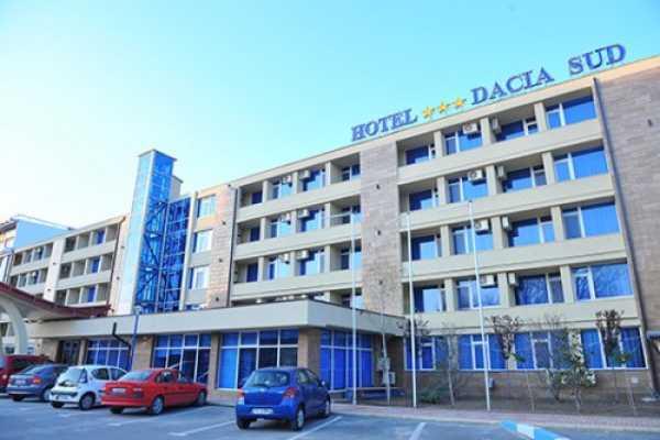 Hotelul Dacia Sud a luat foc