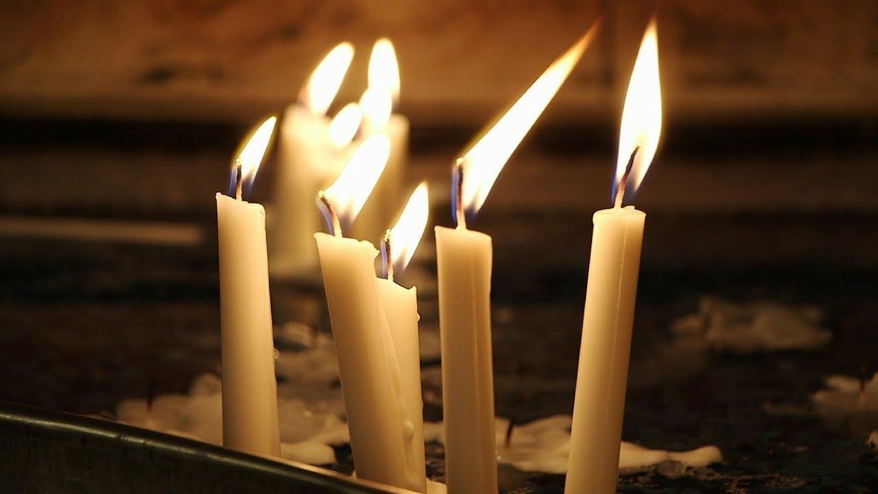 De ce e bine să aprinzi lumânări albe de Ziua Morților. Semnificația ascunsă printre rândurile Bibliei!