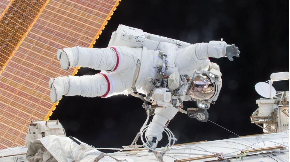 Anunțul NASA: prima persoană care va ajunge pe marte va fi, cel mai probabil, o femeie