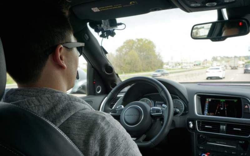 Șoferii ar putea avea posibilitatea de a alege perioada în care să le fie suspendat permisul, după ce încalcă Codul rutier