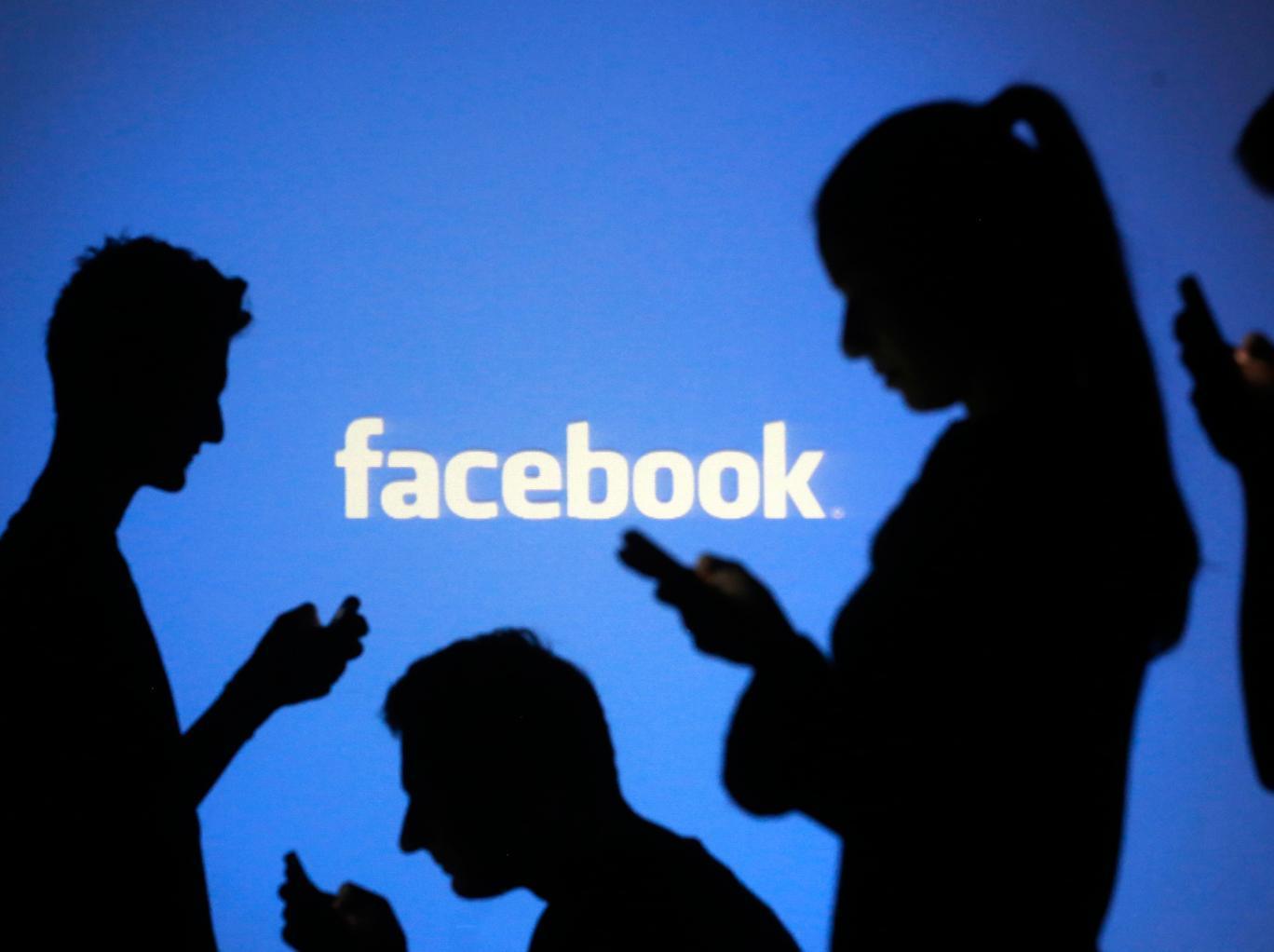 Polițiștii locali din Brăila au aplicat amenzi după ce au fost înjurați pe Facebook