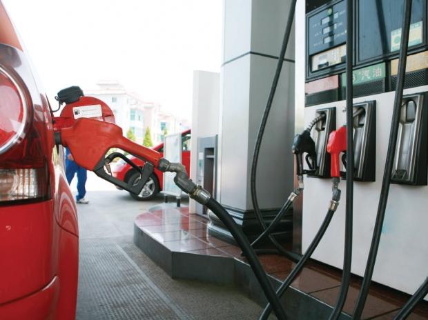 Prețul carburanților a scăpat de sub control