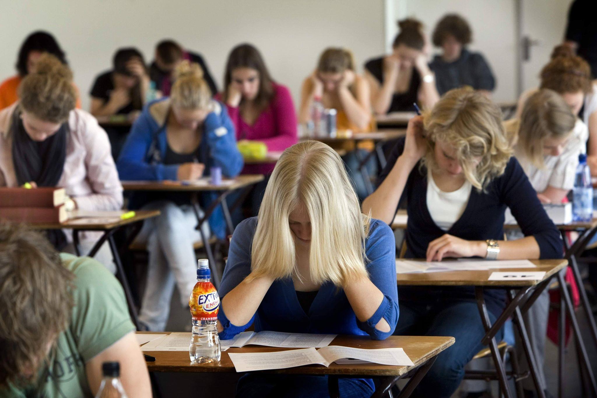 Elevii, nemulțumiți de modul de examinare