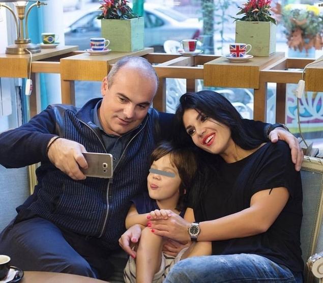 Rareș Bogdan se mândrește cu realizările soției sale