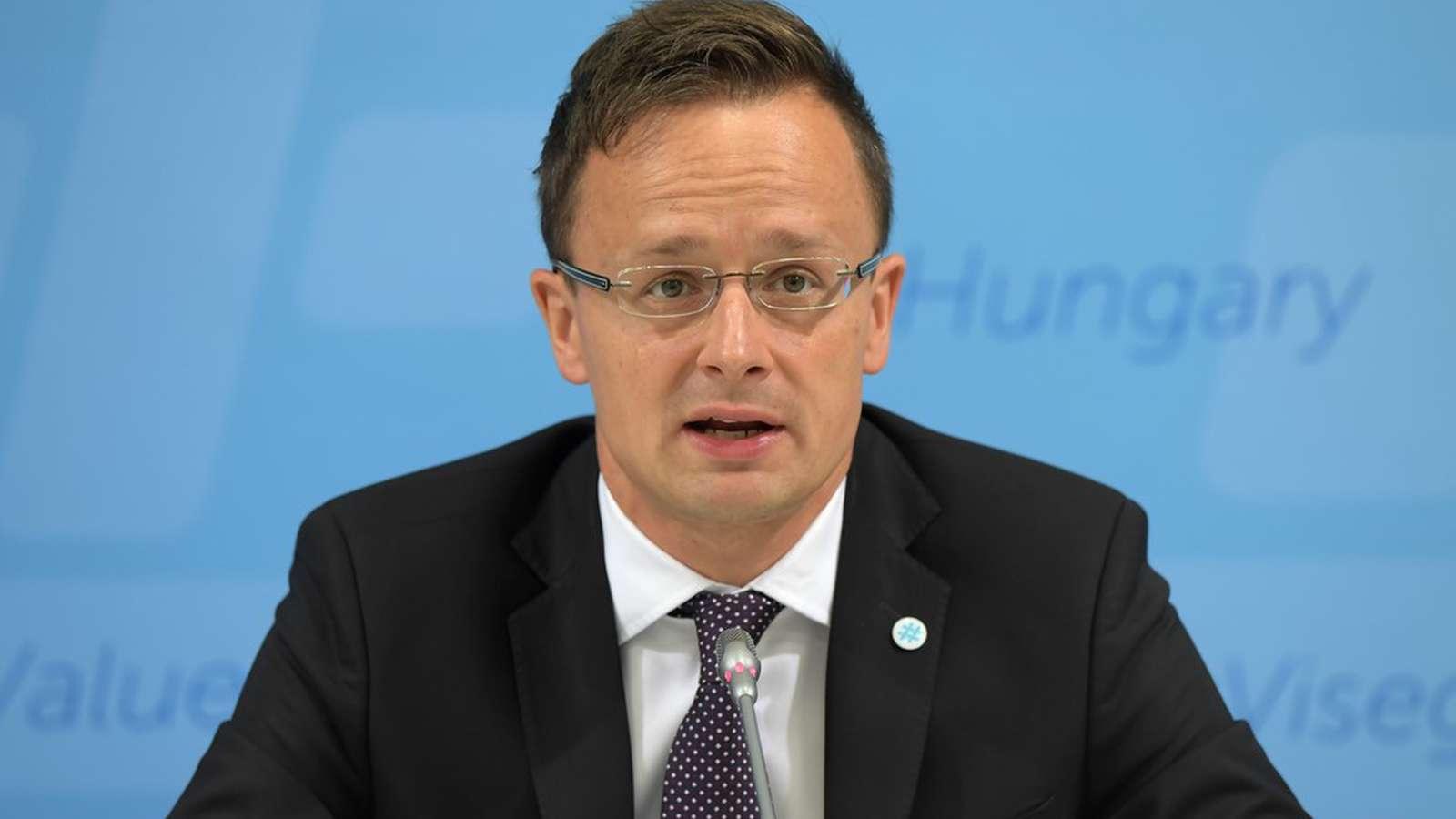 Ministrul maghiar de Externe vrea separatism etnic în România
