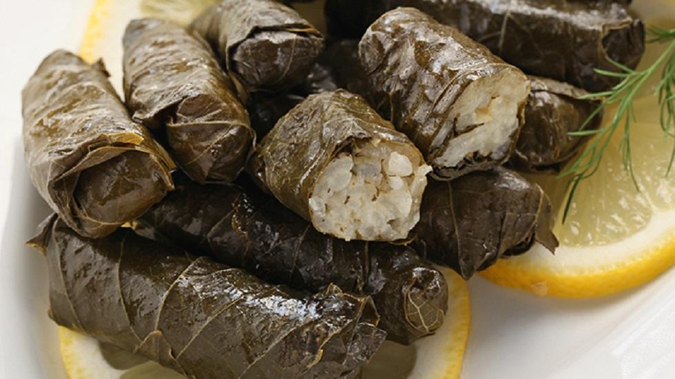 Mâncare dulce de post sămăluțe cu orez în foi de viță, ușor și... plăcut de mâncat!
