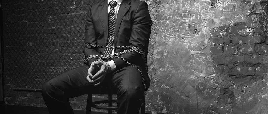 Șef răpit și torturat de proprii angajați