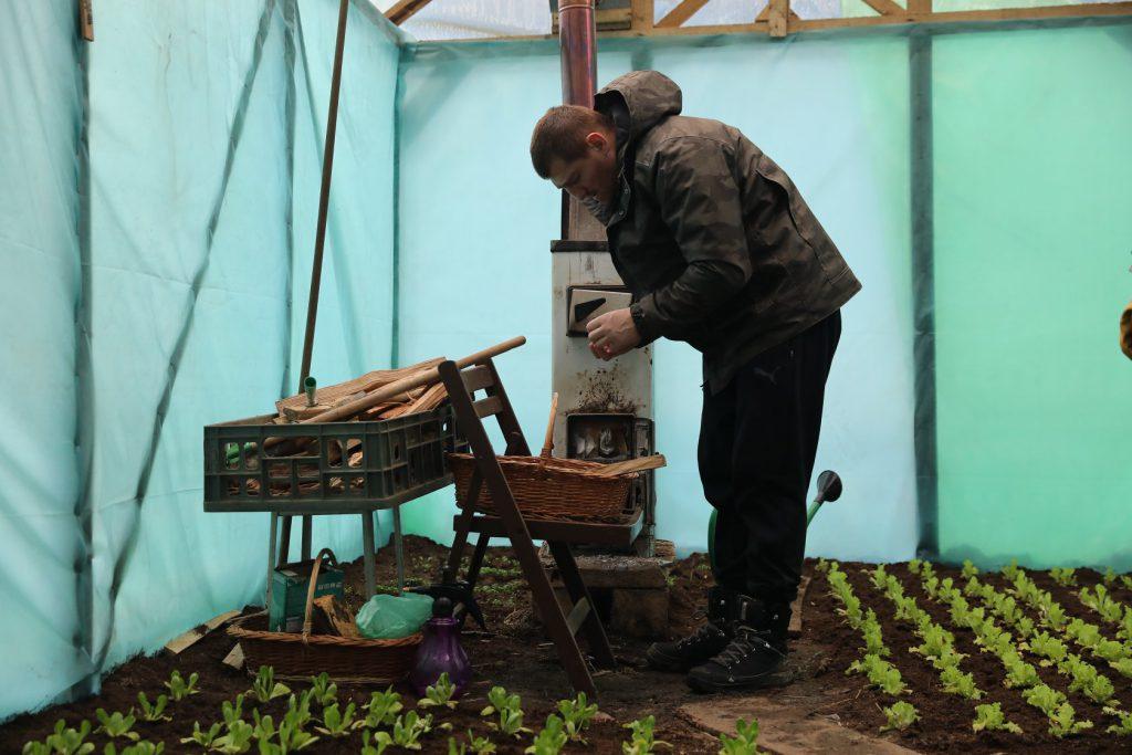 După două luni petrecute în fermă, Cătălin Moroșanu a ajuns să cântărească 92 de kilograme