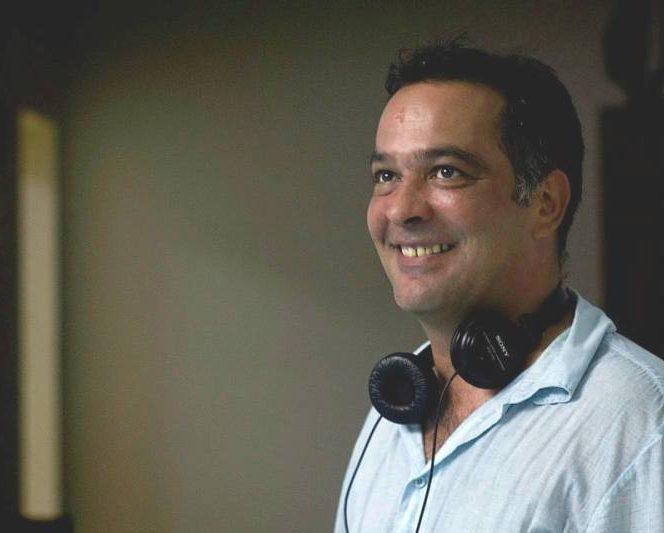 Răzvan Săvescu, regizorul de la Antena 1 care trăiește o dramă cuplită