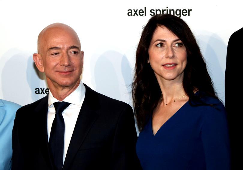 Jeff Bezos divorțează, după 25 de ani de căsnicie