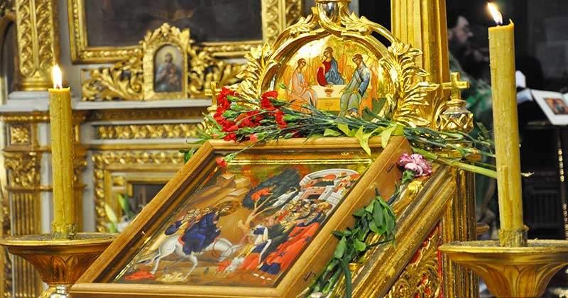 Toți credincioșii sărbătoresc astăzi Duminica Floriilor