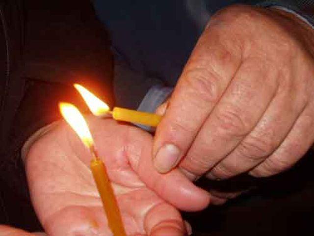 Superstiții de Paște. Ce se întâmplă  dacă ți se stinge focul în drum spre casă?