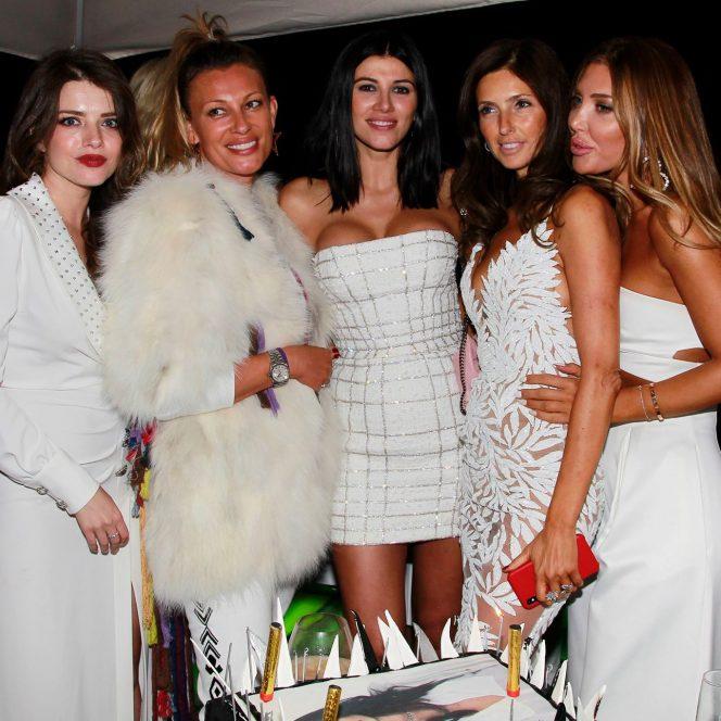 Alexandra Dinu a fost prezentă la petrecerea Laviniei Postolache din L.A.
