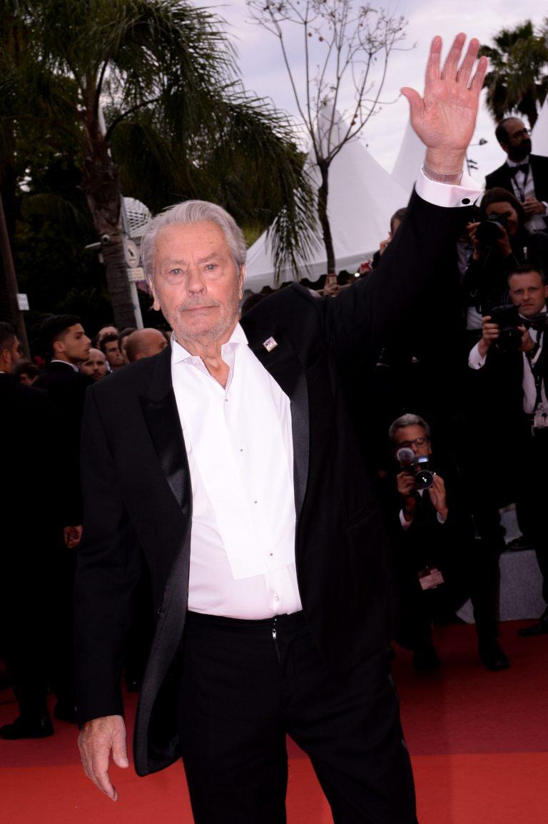 Alain Delon, declaratii TULBURATOARE: Sunt la sfarsitul VIETII! Ce se intampla cu marele actor