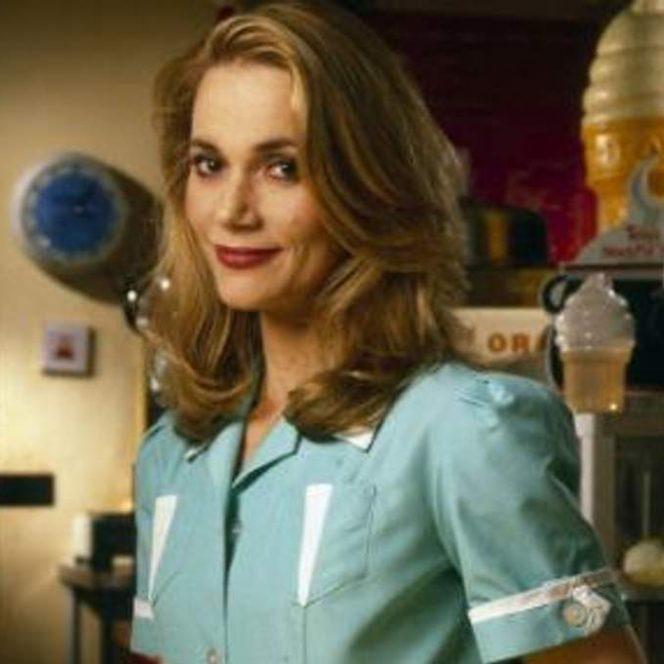 Peggy Lipton în rolul din Twin Peaks
