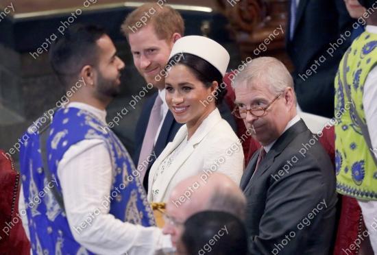 Meghan Markle, alături de soțul său, prințul Harry. Sursa foto:hepta.ro