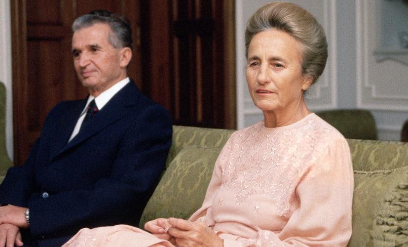 Elena Ceaușescu își dădea singură în cărți
