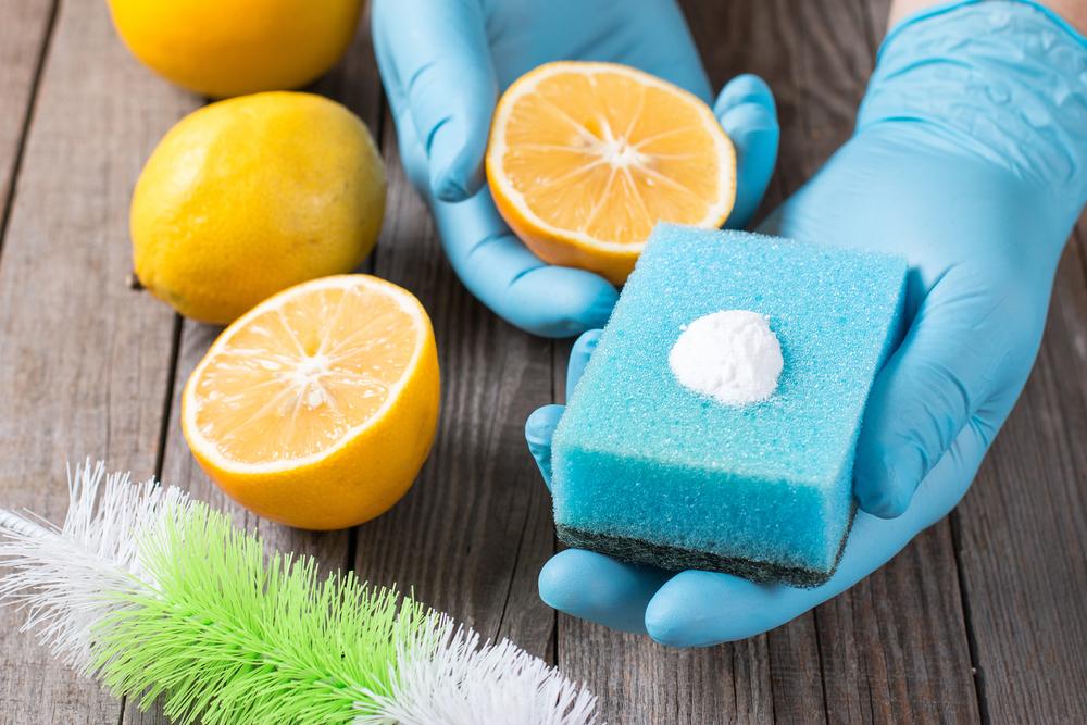 Bicarbonatul poate fi folosit și pentru igienizarea frigiderului