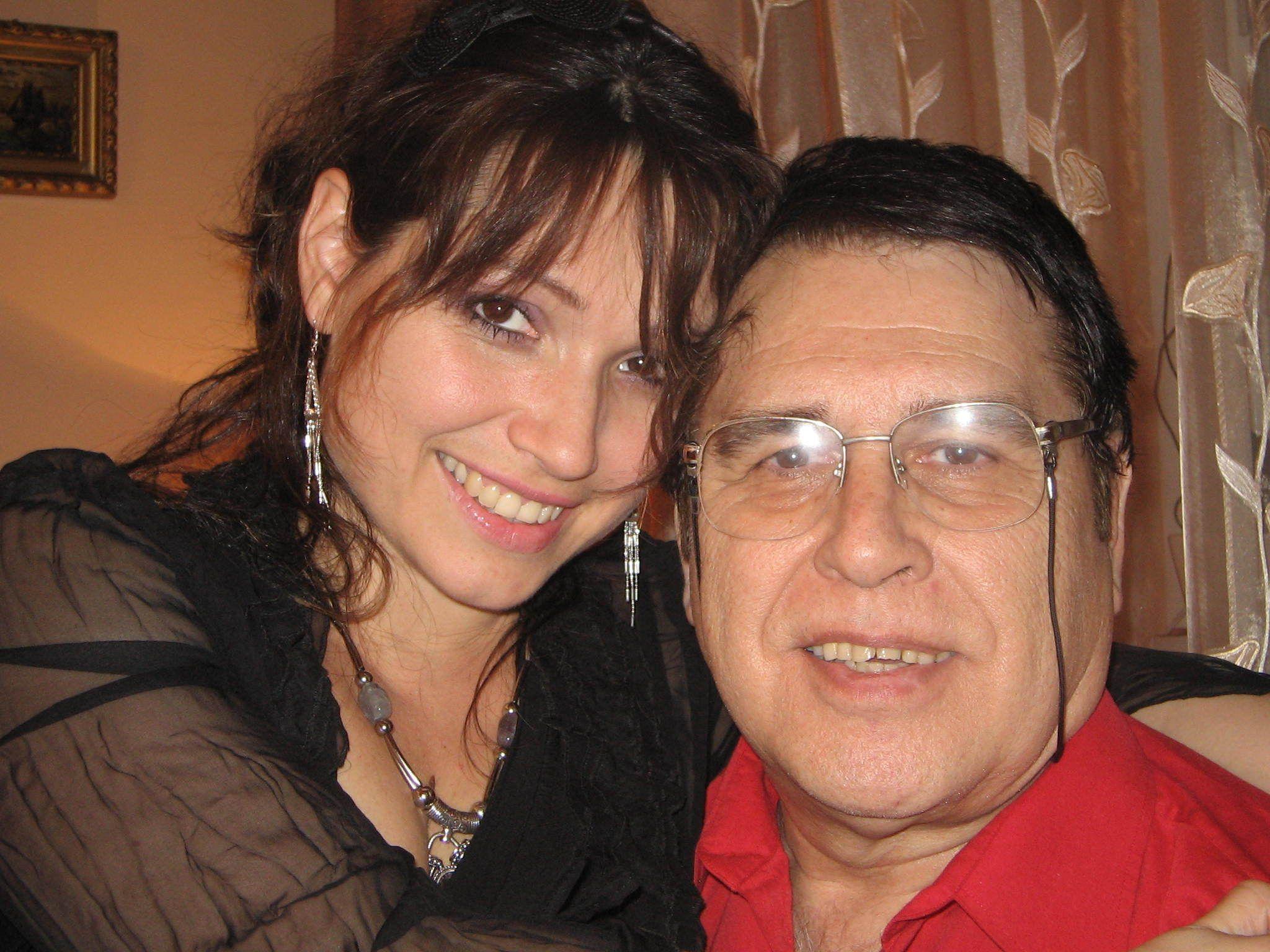 Marius Țeicu, alături de fiica sa, Patricia. Sursa foto:click.ro