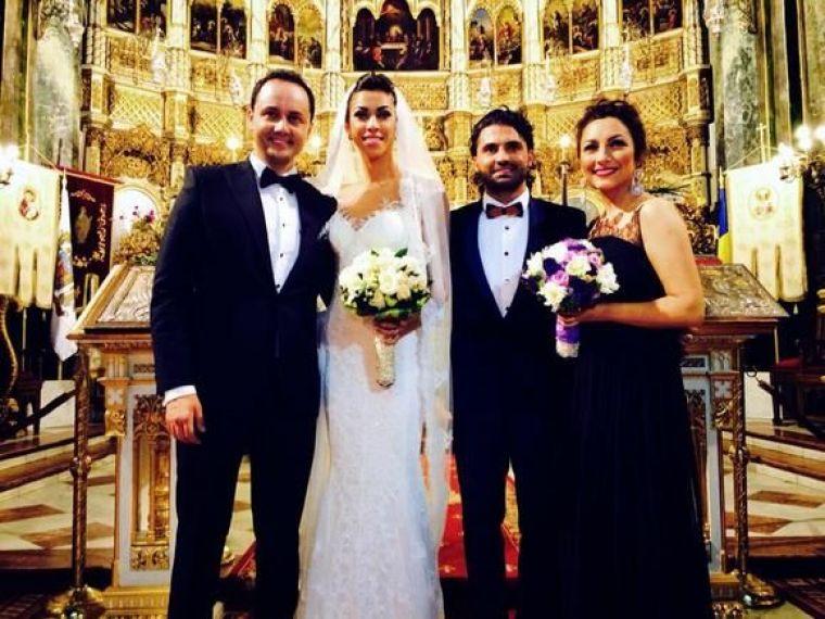 Mirii Raluca și Pepe, alături de nașii Andra și Cătălin Măruță