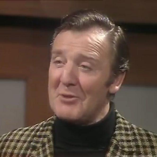 A murit actorul Glyn Houston
