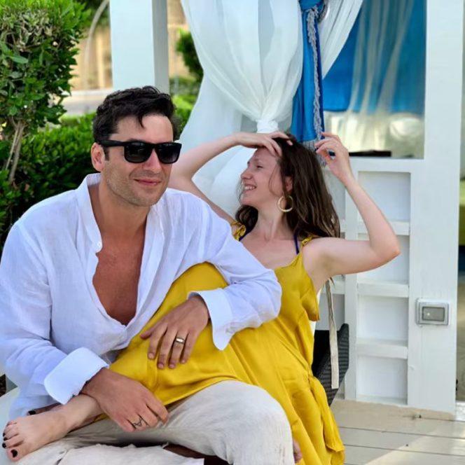 Adela Popescu, alături de soțul său, Radu Vâlcan. Sursa foto: ciao.ro