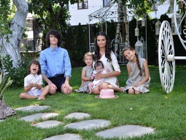 Anca Serea are 3 copii cu Adi Sînă și încă 2 dintr-o căsnicie anterioară