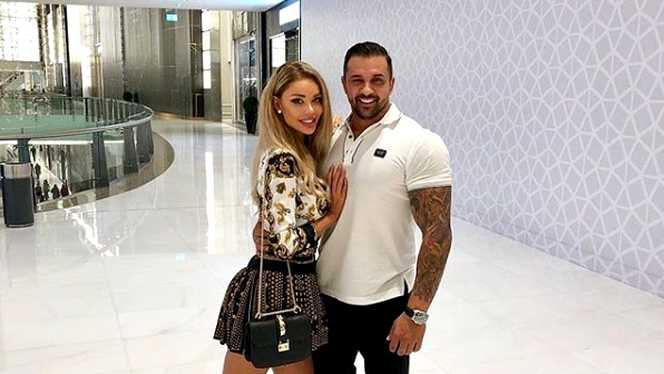 Bianca Drăgușanu și Alex Bodi au o relație cu năbădăi