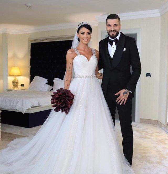 Adelina Pestrițu s-a căsătorit cu afaceristul Virgil Steblea. Sursa foto: click.ro