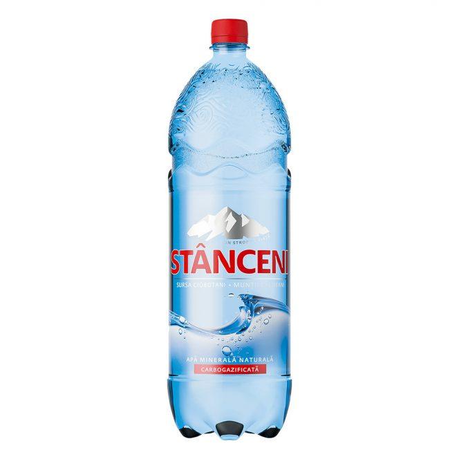 Apa minerală Stânceni este una dintre cele mai apreciate mărci românești. Sursa foto: Auchan