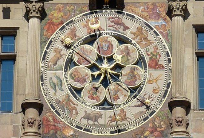 Ce surprize rezervă horoscopul karmic pentru luna august. Sursa foto. b1.ro