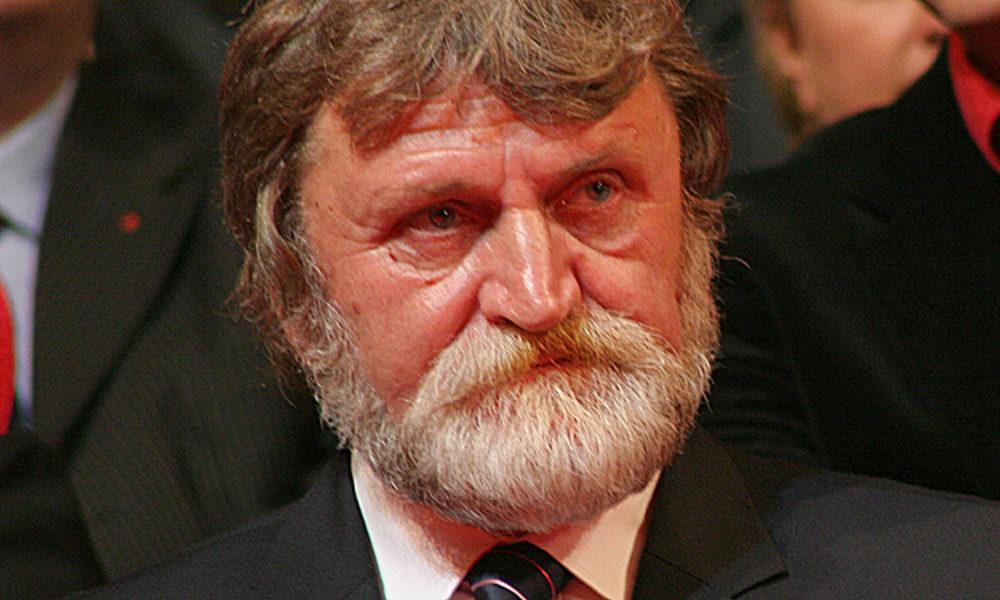 ion vasile a murit la 69 de ani, fost diplomat si senator PSD