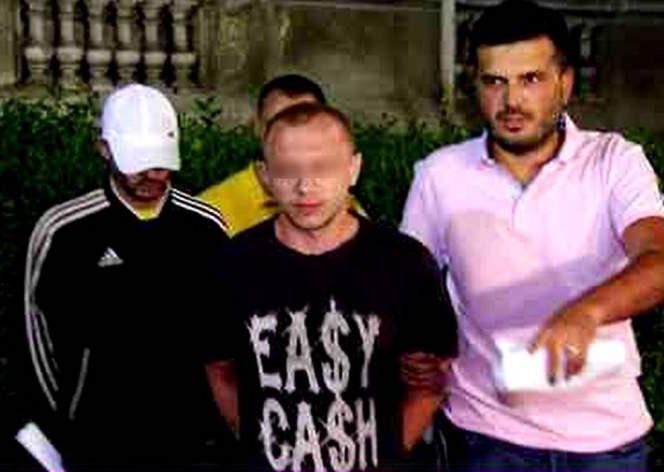 Fiul lui Leo de la Strehaia a fost și el săltat de mascați. Sursa foto: libertatea.ro