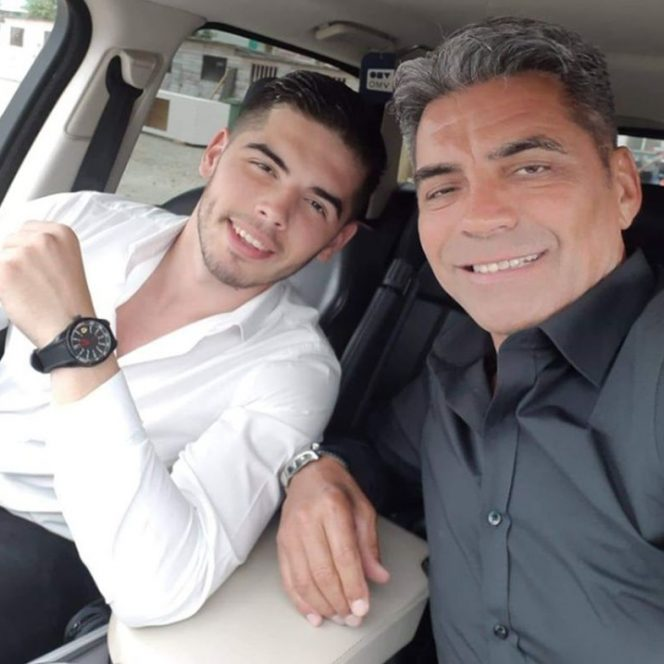Marcel Toader, alături de fiul său. Sursa foto: Viva