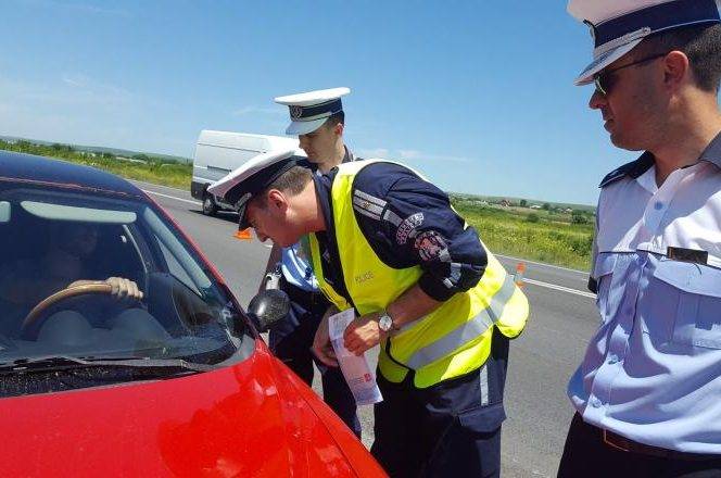 Caz incredibil surprins de polițiștii de la rutieră. Sursa foto: digi24.ro