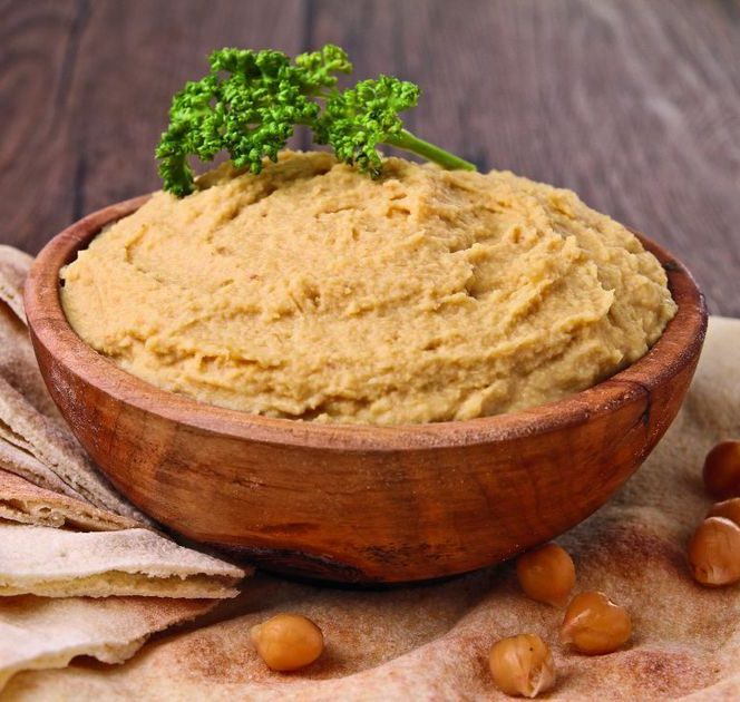 5 rețete gustoase cu humus