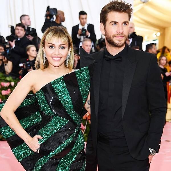 Cântăreața Miley Cyrus a dcelarat că încă este atrasă sexual de femei