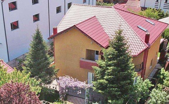 Casa în care va locui Oana Roman alături de familia sa