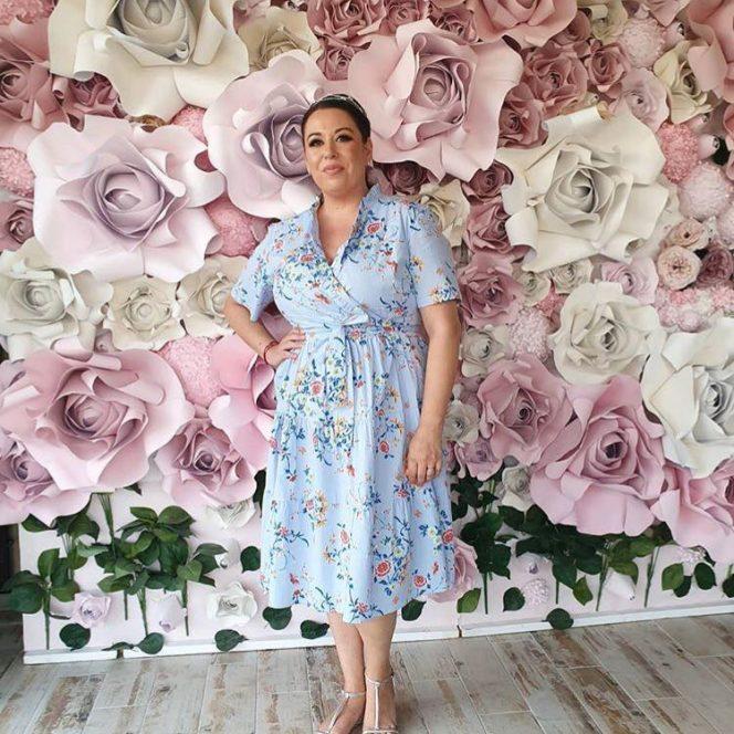 Oana Roman, vestimentație de gală pentru nunta Gabrielei Cristea cu Tavi Clonda. Sursa foto: Instagram