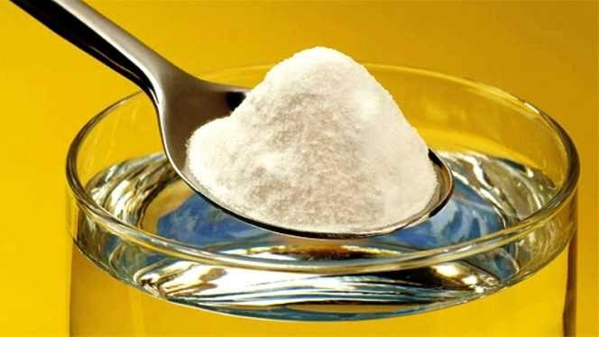 Cum să cureți toată baia cu ajutorul bicarbonatului de sodiu