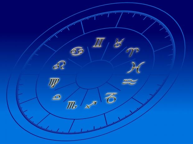 Horoscopul zilei de miercuri, 8 august aduce schimbări importante pentru nativi. Sursa foto: observator.ro