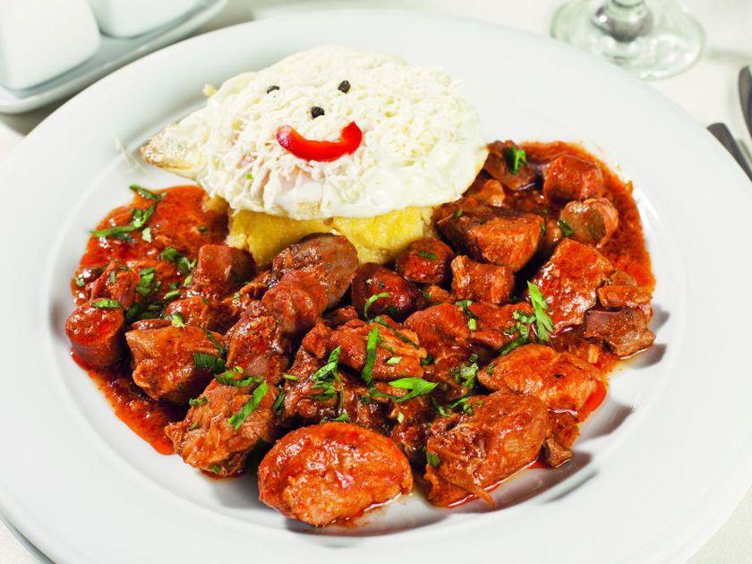 Rețeta delicioasă de tochitură moldovenească
