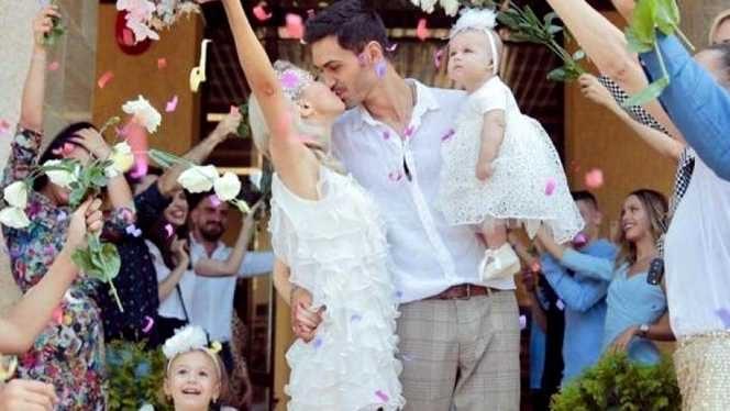 Tatăl Andreei Bălan a lipsit de la cununia fiicei sale