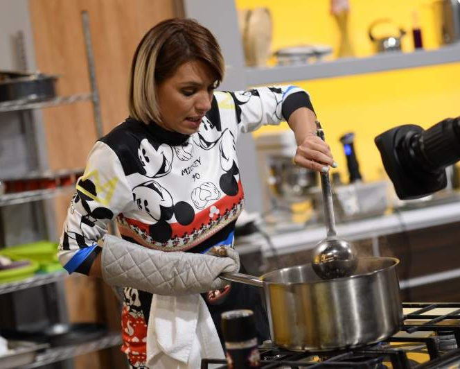 Sorana Darclee și-a încercat norocul la Chefi la Cuțite. Sursa foto: a1.ro