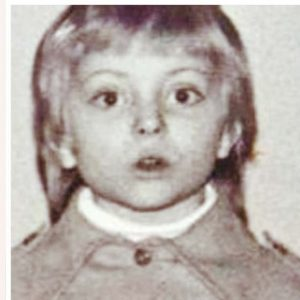 Delia, în prima zi de școală. Sursa foto: click.ro