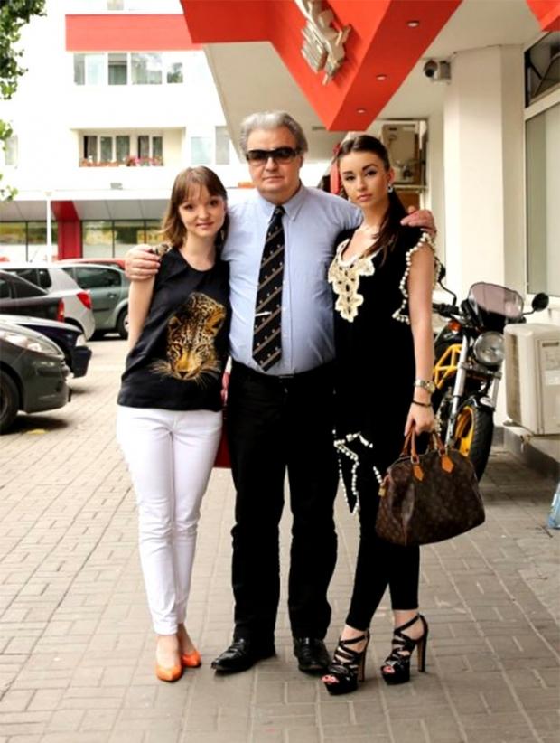 Vadim Tudor și fiicele sale